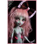 repaint of monster high dolls