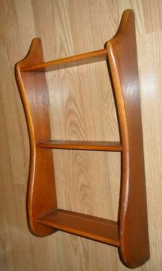 NICE-MID-CENTURY-WELL-MADE-SOLID-MAHOGANY-WALL-PLATE-SHELVE-SHELF