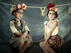 The Iconics photo series by Olga Laris was shot for the February 2012 issue of bbmundo magazine and showcases children versions of famous actors and artists. Seen here: Basquiat and Frida Kahlo. Jean Michel Basquiat, Guy Fawkes, Jace, Frida And Diego, Frida Art, Mode Boho, We Are The World, Jolie Photo, Expo