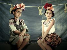 The Iconics    Las 2 mini Fridas    bbmundo    Photo: Olga Laris