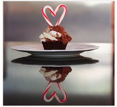 candy cane heart cupcake-toppers