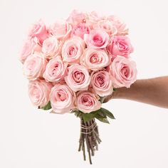 A stunning gesture. Send the freshest pink roses from Rosaholics. Light Pink Bouquet, Rose Bouquet, Bouquet Delivery, Pink Roses, Pretty In Pink, Feminine, Romantic, Diy Crafts, Create