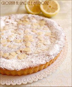 Crostata al limone e mandorle cremosa Dulcisss in forno by Leyla Italian Cake, Italian Desserts, Almond Pastry, Romanian Food, Bakery Cakes, Nutella, Love Food, Dessert Recipes, Food And Drink