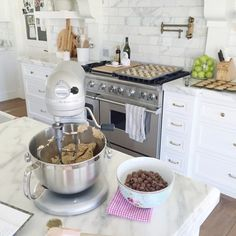 """mrandmrs2015: """"Our Sunday homemade chocolate chip cookie tradition is happening in my kitchen right now!  by rachparcell """""""