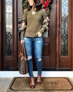 Ruffle sweater | Louis Vuitton Neverfull tote