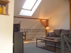 Helles Wohnzimmer auf der Galerie (Obergeschoss)