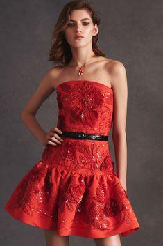 Oscar de la Renta Resort 2016 Fashion Show