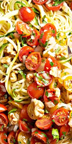 Spaghetti, strands of string cheese, and squash noodles get the freshest tomato topping in this perfect summer dish. Yummy Pasta Recipes, Salad Recipes, Cooking Recipes, Healthy Recipes, Spaghetti Salad, Summer Spaghetti, Summer Dishes, Summer Salads, Man Food