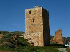 Os invitamos a pasear por el  Castillo de Báguena.  #historia #turismo  http://www.rutasconhistoria.es/loc/castillo-de-baguena