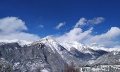 Panorama innevato da Sauze d'Oulx ---------- 📸 Dennis Bottin #myvalsusa #fotodelgiorno 1824 - 28 dicembre 2020 Mountains, Travel, Viajes, Destinations, Traveling, Trips, Bergen