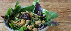 Ensalada de cuscús y tempeh con tapenade casero Preparamos un cuscús frio con tempeh, un derivado de la soja con bastante más sabor que el tofu. Y la rematamos con una tapenade de aceitunas negras sencillísima y tan sabrosa como versátil. Tempeh, Tofu, Cooking Light, Quinoa, Cabbage, Favorite Recipes, Vegetables, Eat, Ethnic Recipes