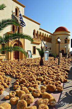 Greek Natural Sponges - Kalymnos Sponges' Warehouse Santorini, Mykonos, Beautiful Islands, Beautiful Places, Places Around The World, Around The Worlds, Natural Sponge, Places In Greece, Europe