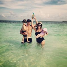 Nick Lachey's Family Couldn't Be Any Cuter in Their Vacation Photo