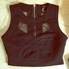 Cute zipper crop top Super cute black zipper crop top Tops