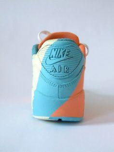 wholesale dealer c7fed 0a944 Nike AirMax DIY custom Kick. Design