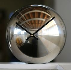 Picture of Mirror Ball Clock