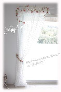 Guirlande et embrasse de rideau en fleur en vente sur http://www.natydecocorse.com