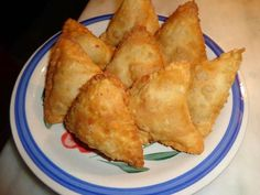 Vegetable cheese samosa