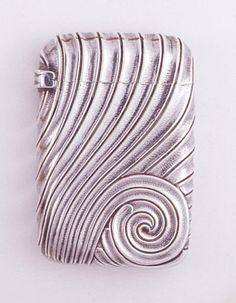 (This is one of my favorite pieces, I just love it! JVB) Matchsafe