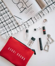We are digital marketing specialists in Bryanston Johannesburg, collaborating with small to medium sized businesses in the health & beauty industry. Beauty Industry, Bobbi Brown, Heavy Metal, South Africa, Digital Marketing, Health And Beauty, Content, Photography, Heavy Metal Music