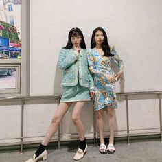 "Article : Sulli, looking prettier in latest updates. ""long legged goddess"" Source : Sports Chosun via Nate Sulli'. K Pop, Cool Girl, My Girl, Luna Fashion, Sulli Choi, Korean Singer, K Idols, Korean Girl, Korean Idols"