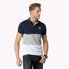 Come and read about the latest Tommy Hilfiger collections and choose your favorite line! Polo Shirt Style, Mens Polo T Shirts, Mens Tees, Camisa Polo, Black Outfit Men, Slim Fit Polo, Men Looks, Shirt Designs, Men Casual