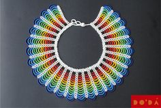 Indigenous Necklace / Multicolored and Hand-beaded / Hand crafted by native Embera / Collar Indígena Emberá / multicolor en chaquiras de DODAStore en Etsy