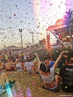 The Slutty Girl's Guide to Festivals