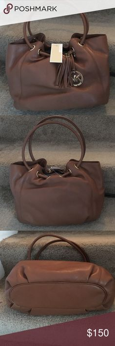 Michael Kors Ring Tote Leather never used Michael Kors Bags