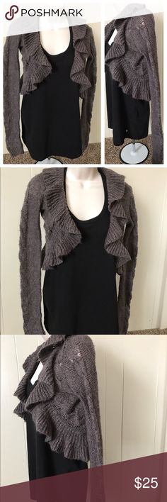 Decree shimmery sweater acrylic nylon and fiber Decree Sweaters Fashion Tips, Fashion Design, Fashion Trends, Fiber, Best Deals, Womens Fashion, Sweaters, Outfits, Vintage