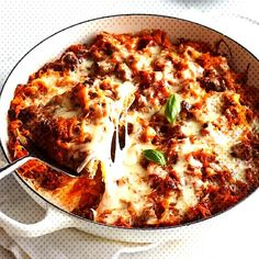 Spaghetti Squash CasseroleYou can find How to cook squash and more on our website. Spaghetti Squash Casserole, Spaghetti Pie, Enchilada Casserole Beef, Casserole Recipes, Diabetic Living Magazine, How To Cook Squash, Carb Alternatives, Dinner Recipes, Low Carb