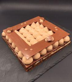 Encore un gâteau qui était sur ma To Do List ! Il s'agit du Petit Antoine de Stéphane Glacier. Un gâteau gourmand, croquant, doux … au chocolat. Il est constitué d'une dacquoise amande…