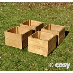 SMALL SQUARE PLANTERS (4PK) A set of 4 small planters. Place them together or dot around the garden. A great size for smaller children and settings where outside space is a premium.