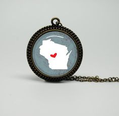 Vintage Style Glass Necklace with I Heart Wisconsin