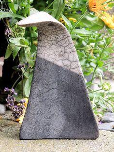 Raku - Keramik - Unikat -  *Schräger Vogel* in...  von zeit-geister auf DaWanda.com