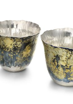 'Tectonic' Beakers I and II, 2014, Malcolm Appleby. Image © The Goldsmiths' Company