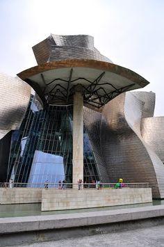 Bilbao - Detalle en el Museo Guggenheim, Spain  #spain