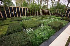 The Telegraph Garden by Adam Woodruff Lush Garden, Terrace Garden, Garden Bridge, Plant Design, Garden Design, Landscape Architecture, Landscape Design, Formal Gardens, Chelsea Flower Show