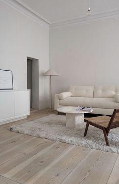 Cozy Living Rooms, Living Room Decor, Living Spaces, Apartment Interior, Apartment Living, Living Room Inspiration, Home Decor Inspiration, Interior Exterior, Home Interior Design