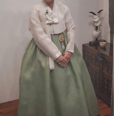 The Dan Women – Page 5 – Hanbok The Dan ‧ Made with ♥ Korean Hanbok, Korean Dress, Crystal Marie, Traditional Dresses, High Waisted Skirt, Tulle, Photo And Video, Skirts, Clothes