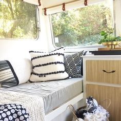I love a good cosy corner and Goldie doesn't disappoint with space to curl up in each four corners of the caravan!  If only I were cosying up there now instead of working on the laptop whilst trying to ignore my persistent headache...  #cosy #cosycorner #mrsschmick #goldie #sharethecaravanlove #caravanlife #vintagecaravan #caravan #vintagecaravanaustralia #camper #vintagecamper #retrocaravan #caravanrenovation #caravanreno #caravanstyle #interiors #interiordecor #interiorstyle #interiors
