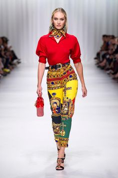 Versace Women's Fashion Show | UK Online Store. Check out our fashionable sales for Women's, Men's and young's Collection by Versace. Find your perfect look and shop on the Versace Online Store..