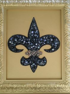 DIY Jeweled Fleur De Lis Art