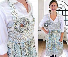 Empire Waist Apron in Wonderful Waverly Fabrics | Sew4Home---Free PATTERN