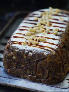 Raw Vegan Fruitcake Recipe - Perfect for the holidays! (gluten-free, refined sugar-free)
