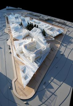 Bustler: Designs Unveiled for SFSU's Mashouf Performing Arts Center by Michael Maltzan Architecture Concept Architecture, Architecture Design, Scale Models, Landscape Model, Arch Model, Communication Art, Concert Hall, Urban Planning, Plans