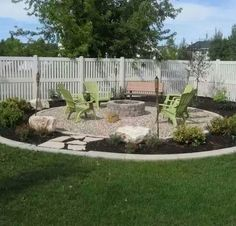 Cheap and easy backyard fire pit and seating area (diy fire pit area) Fire Pit Yard, Diy Fire Pit, Fire Pit Backyard, Backyard Patio, Backyard Seating, Outdoor Fire Pits, Backyard Layout, Fire Pit Seating, Modern Backyard