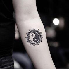 hippie tattoo 380906080981562611 - Mandala Yin Yang Temporary Tattoo Sticker (Set of Source by OhMyTat Yin Yang Tattoos, Ying Und Yang Tattoo, Ying Y Yang, Geometric Yin Yang Tattoo, Yin Yang Art, Geometric Sleeve, Geometric Flower, Fake Tattoos, Unique Tattoos