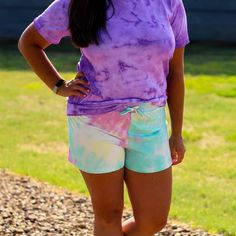 Bottoms - Alison Tie Dye Lounge Shorts Casual Shorts, Casual Outfits, Fashion Outfits, Only Clothing, Lounge Shorts, School Looks, Fashion And Beauty Tips, Fashion Boutique, Amazing Women