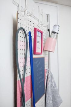 No more excuses: DIY Pegboard Gym, Diy Home Gym, Gym Room At Home, Home Gym Decor, Mirror Hanging Kit, Small Home Gyms, Small Homes, Workout Room Home, Workout Rooms, Pegboard Storage